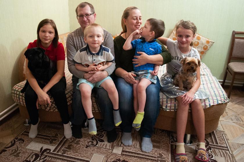 俄罗斯是如何看待女性生三胎的,与中国三胎福利...